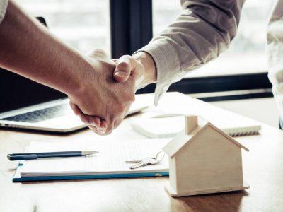 Taux d'emprunt historiquement bas: est-ce le moment d'investir?