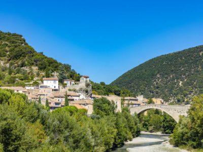 Création de maisons individuelles en Drôme provençale : comment ça marche ?